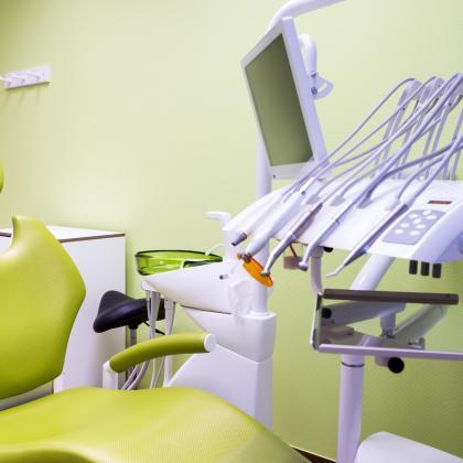 Semmi stressz, semmi fájdalom, semmi szorongás: Fájdalommentes altatásos fogászati kezelések