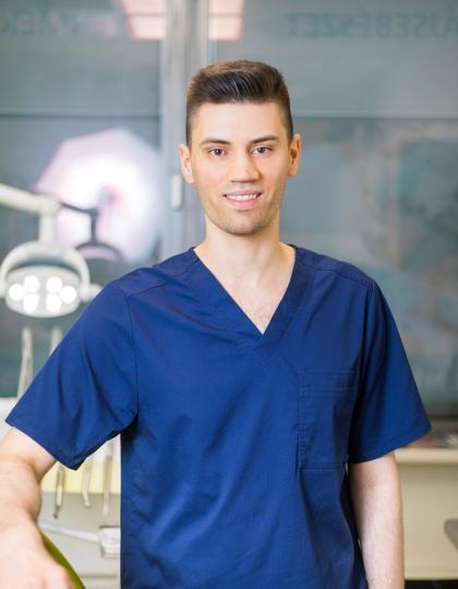 Dr. Poncz Lajos - Dentist