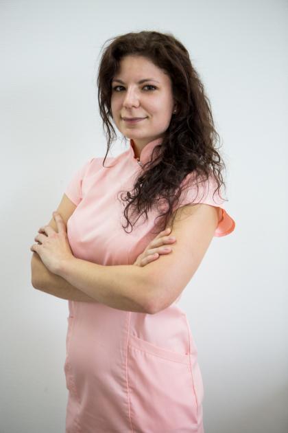 Dr. Buknicz Dalma - fogorvos