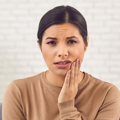 A fogínyvérzés 3 oka és a megoldás
