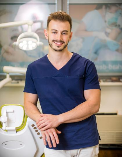 Dr. Moldován Antal - Fogorvos