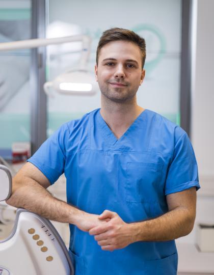 Dr. Nagy Miklós - Fogorvos