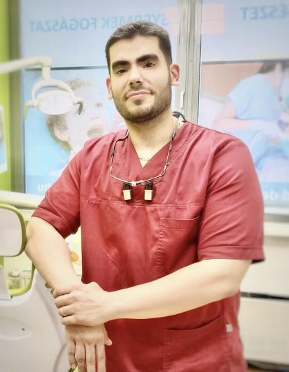 Dr. Foad Haghighat - Fogorvos